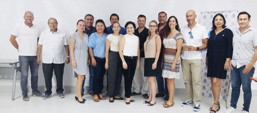 Reunión de Socios con Delegada regional de los programas sociales, Lic. Juanita Alonso